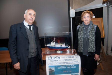 Nella foto il presidente dell'associazione nave ospedale elpis Giancarlo Ungaro e la vice presidente Rosalba Caizza
