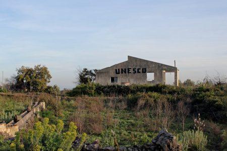 Nella foto un'opera di VladyArt intitolata Unesco Catania