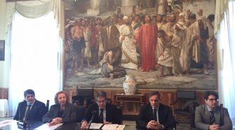 Nella foto un momento della conferenza sulla campagna di prevenzione del tumore alla bocca. Da sinistra Sansevero, Cannarozzo, Bianco, Buscema, Santocono