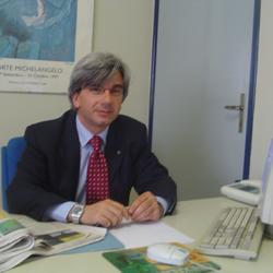 Nella foto Franz Cannizzo presidente Abbetnea Confcommercio. Buone le previsioni per le vacanze pasquali