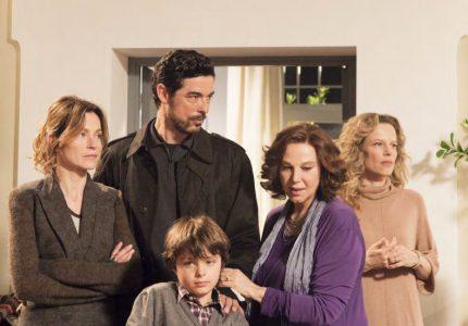 Nella foto una scena della fiction Una grande famiglia