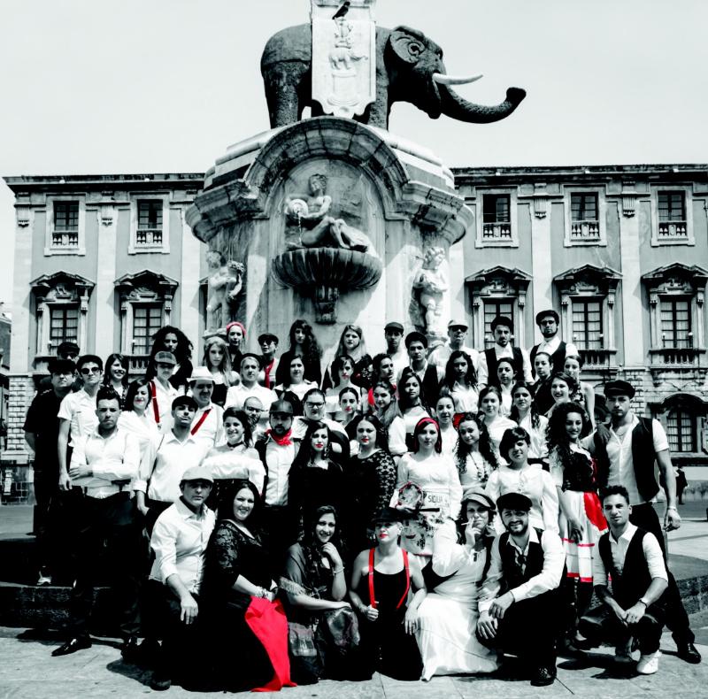 Accademia di belle arti al via la kermesse di moda teatrale for Accademia belle arti moda