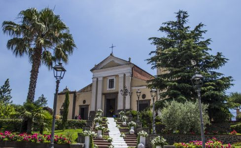 Tremestieri Etneo (Chiesa Madre). Foto di Giuseppe Di Stefano per la brochure di Etna Walking Rural