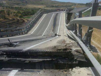 crollo viadotto