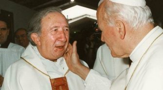 Don Giussani con Papa Giovanni Paolo II