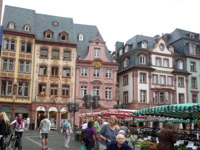 Germania ovest. Magonza piazza del mercato. Foto Caterina Sciuto