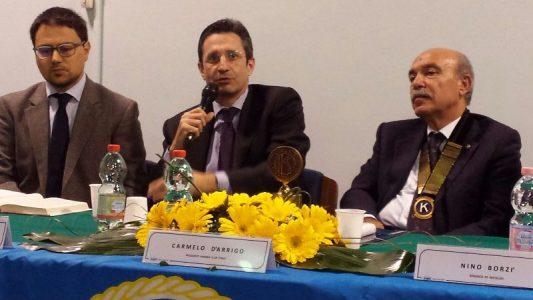 Il giornalista sky Spampinato, Sebastiano Ardita e il presidente del Kiwanis club etneo D'arrigo