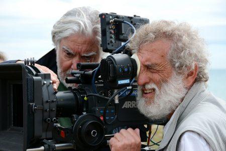 Il regista Martinelli sul set