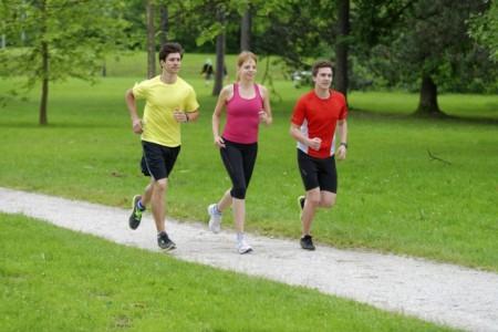 alternare-corsa-camminata-mantenersi-forma-salute