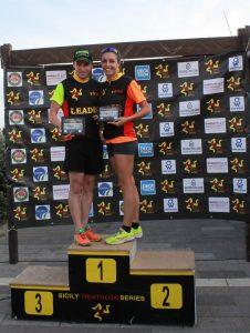 Keith Galea e Cristina Ventura, vincitori della Sicily triathlon series
