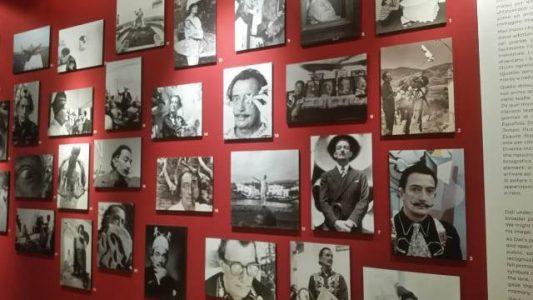 Salvador Dalì tra i Sassi di Matera: una mostra open air