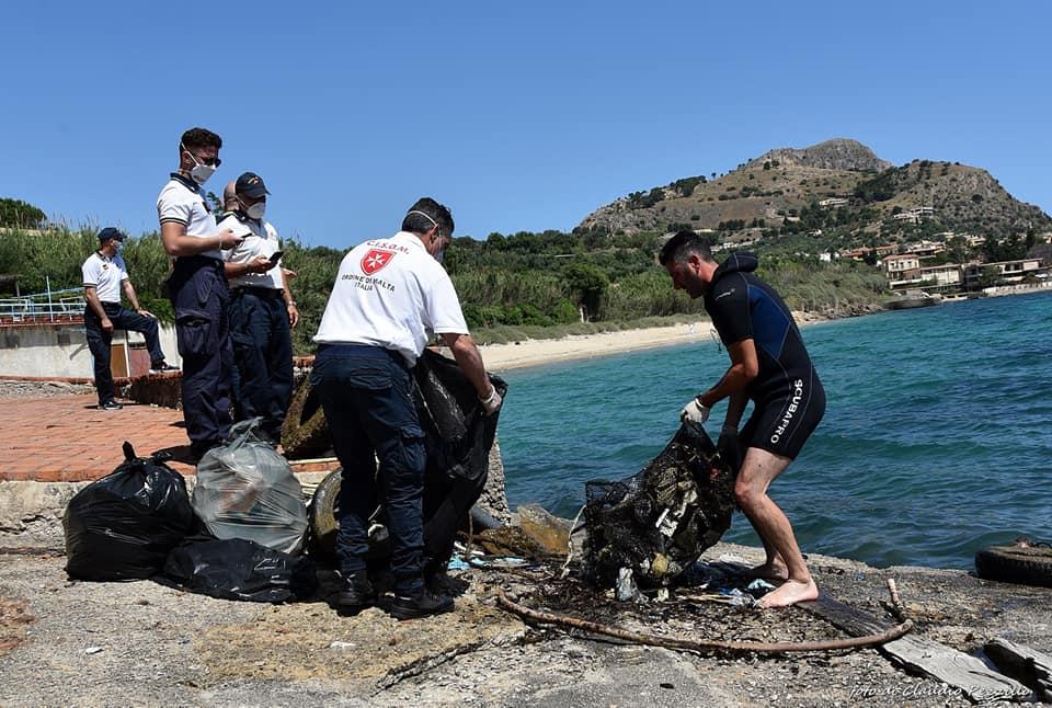 WWf Sicilia nord porto di Cefalù